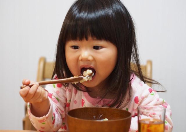 食事や睡眠環境による影響